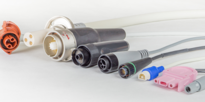 Auto-Latching Medical Connectors